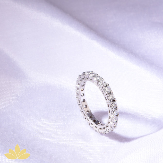 R020 - Square Stone Ring Band