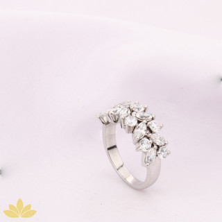 R026 - Marquee Cluster Ring