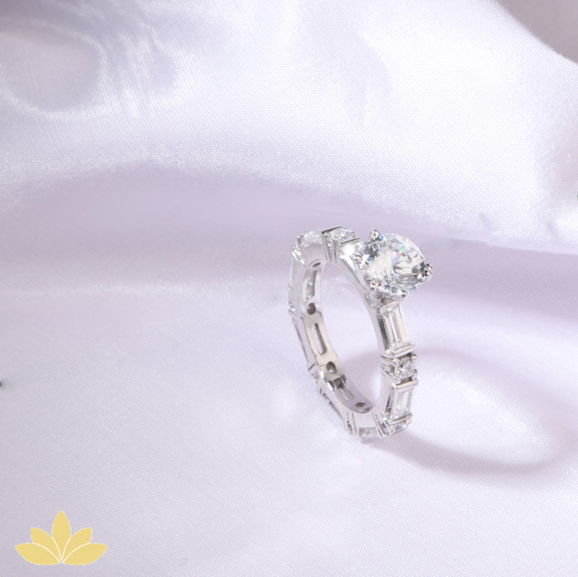 R024 - Baguette Band with Round Solitaire