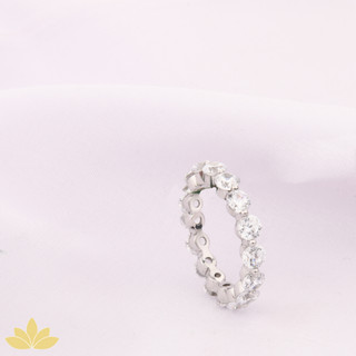 R029 - Round Stone Ring Band