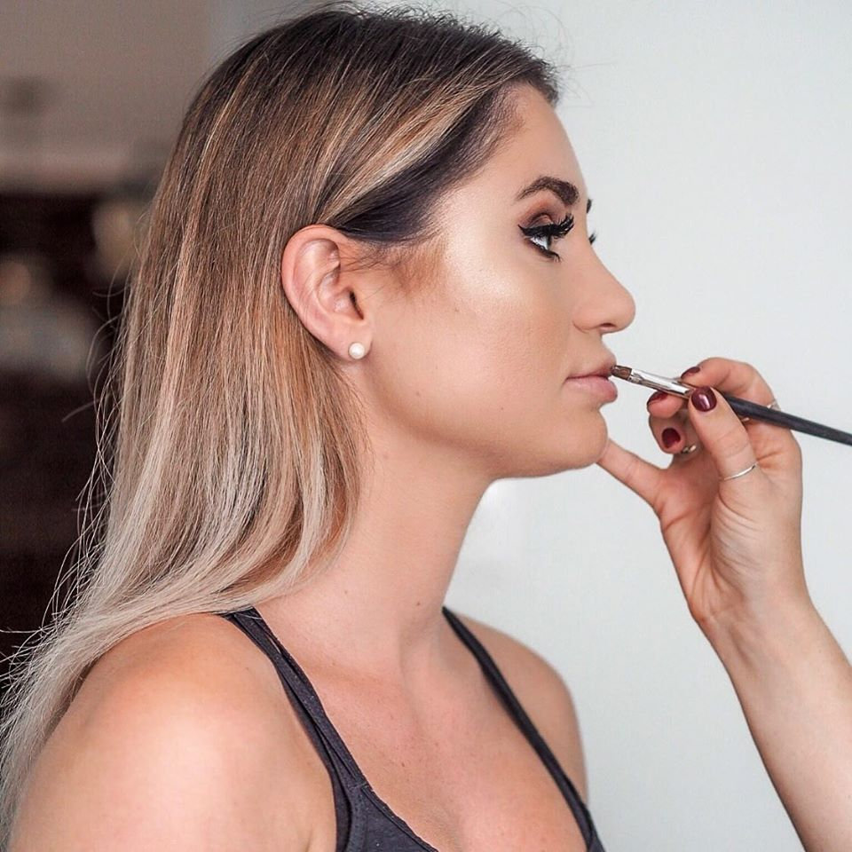 Makeover (includes lashes)