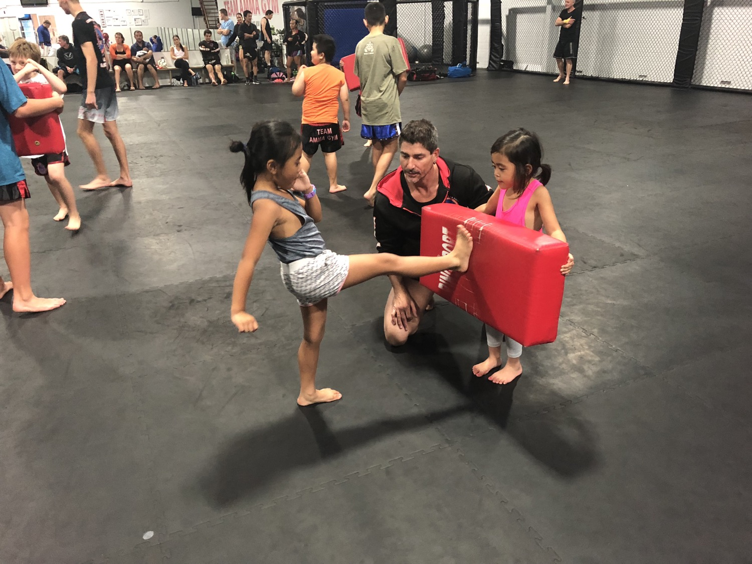 MINI MUAY THAI 3 years and up