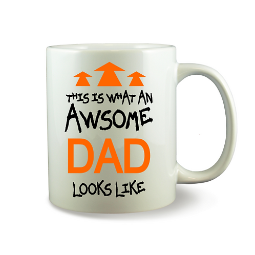 Personalised Mug - THIS IS WHAT AN AWSOME DAD LOOKS LIKE