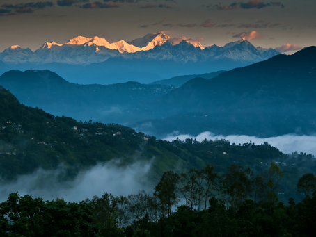 Queen of Hills: Darjeeling is open for tourist. Get your backpacks ready!!