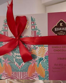 Krakakoa Giftpack 3 bars Voorkant.jpeg