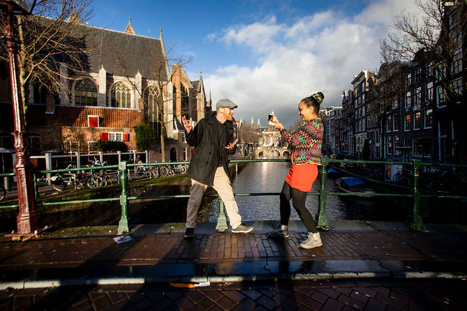 Ian & Salomé, virtual tour, on an Amster