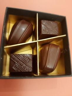 CBD bonbons in luxe doosje