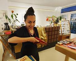 Chocolade kado inpakken