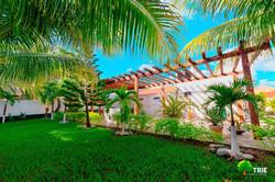 Garden property for sale Costa Maya