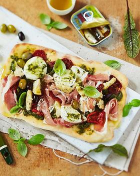 Lomondo Olive Oil Pesto Pizza.jpg