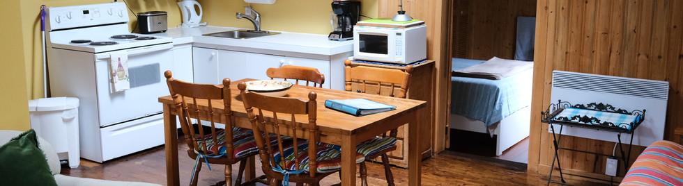 4. Kitchen to Front Bedroom.jpg