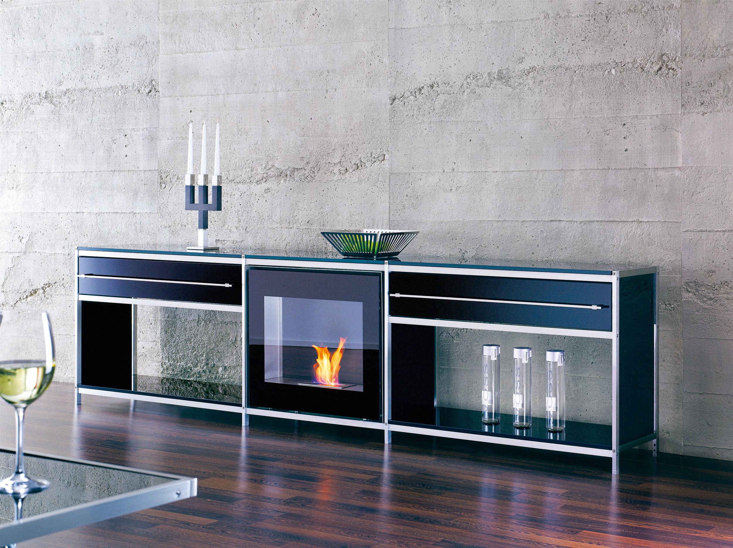 Dreamwall Sideboard mit Feuerstelle