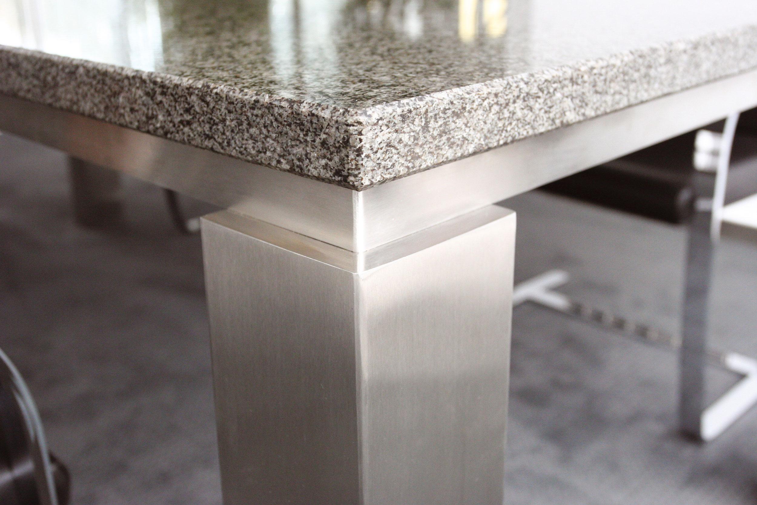 Tisch Quantum