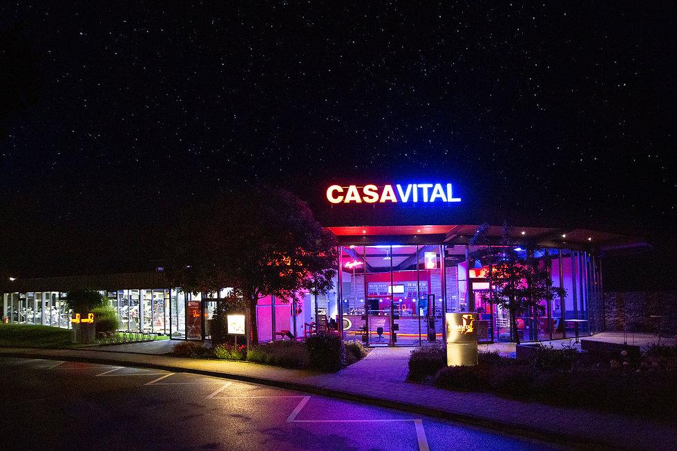 casavital-impressionen-aussen-strasse.jp