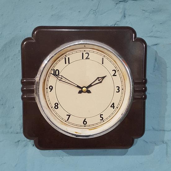 678 - Small English Bakelite Wall Clock