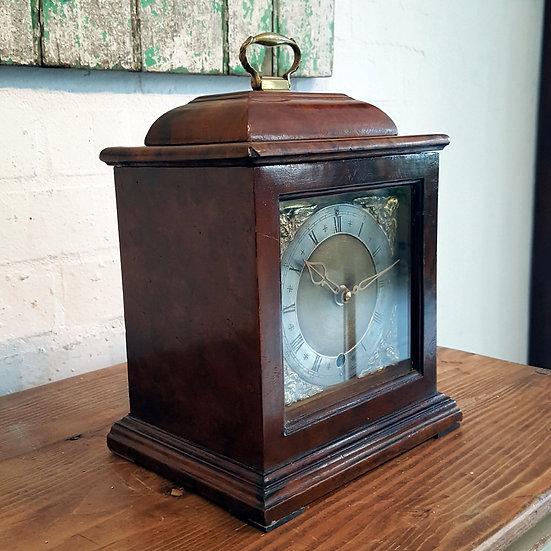 562 -Traditonal Mantel Clock