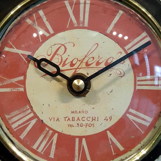 560 - Small Clock