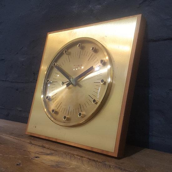 631 - Retro Desk / Wall Clock