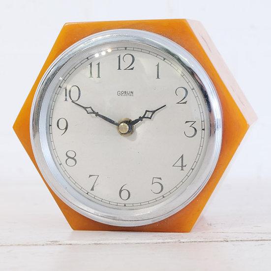 011-Hexagonal English Clock