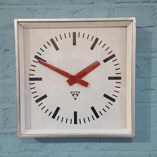 610 - Retro Industrial Wall Clock