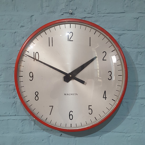 159-Magneta Wall Clock