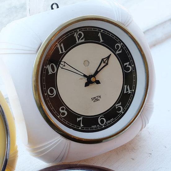 328-Smiths Bakelite Wall Clock
