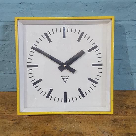 514-Retro Wall Clock