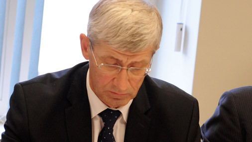 Arodbiedrība atkārtoti neatbalsta darba līguma uzteikšanu Saeimas Kancelejas direktoram Steinam