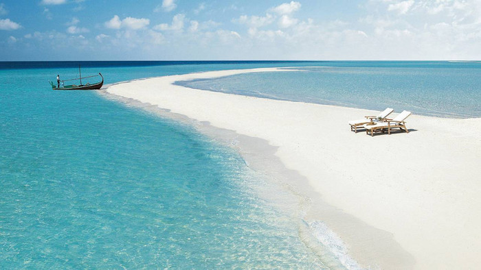 Maldives: Four Seasons, Landaa Giraavaru
