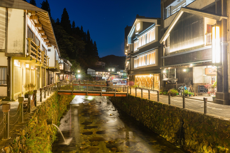 山形県 銀山温泉