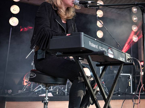 A Chat with Elles Bailey