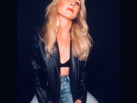 Laura Evans Premieres Her Brand-New Video for Her Latest Single 'Drag Me Back In'