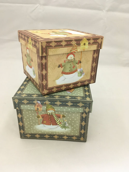 XS squared Christmas gift boxes