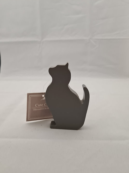 Grey wooden cat
