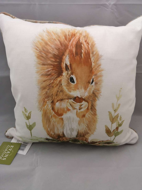 Piped country red squirrel cushion