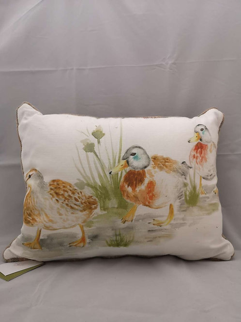Piped country ducklings cushion