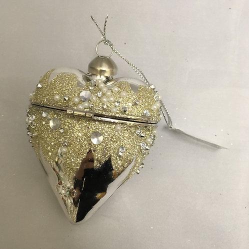 Metal like decorative opening tree ornament