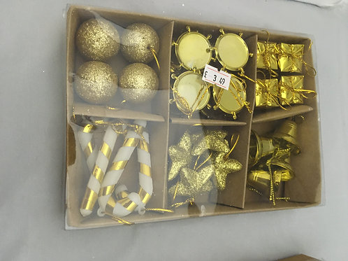Mini golden tree ornaments