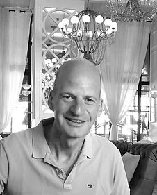 Introduce team NightWatch colleague Rob Maessen