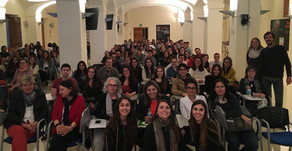 Més d'un centenar de persones assisteixen a la 1ª Assemblea General de l'Associació.
