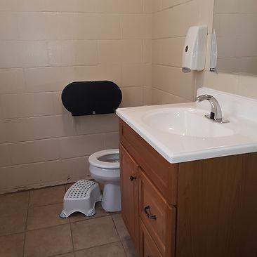 Nursery Bathroom5.jpg