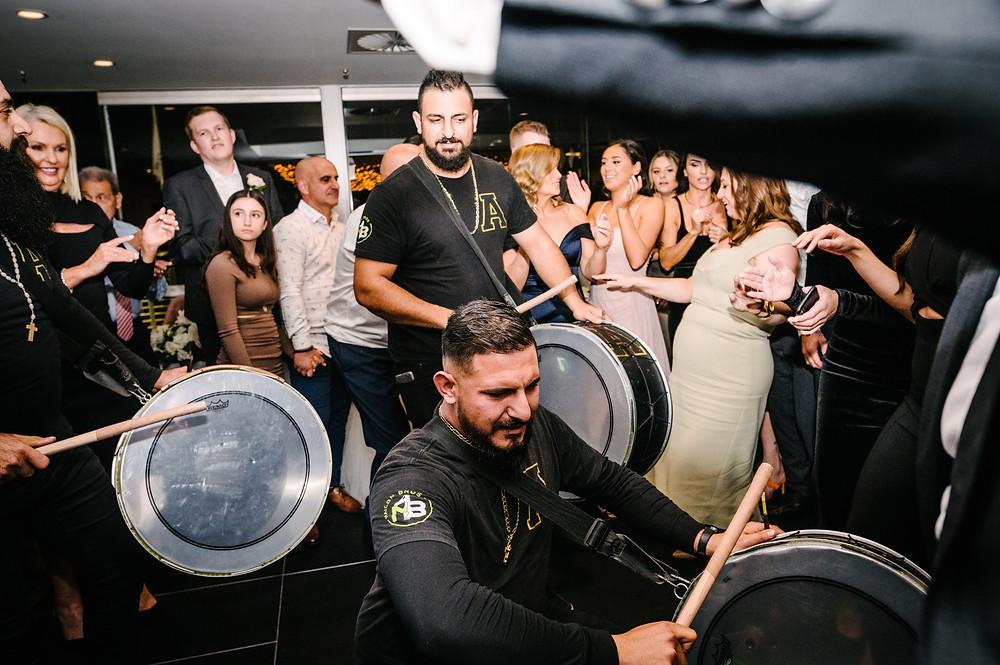Benefits of a registry wedding Johan the Sydney civil wedding celebrant and funny professional mc