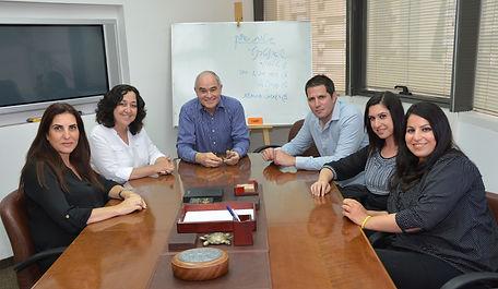 צוות משרד י.פרי ביטוח