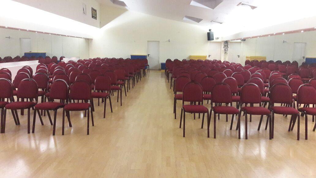 Saal für Tagung