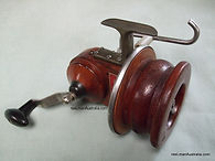 Vintage SEAMARTIN vintage wooden fishing reel - in Mint condition - Never fished!
