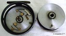 5- Rainbow vintage Fly fishing reel inte