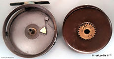 1- Ideal vintage fly reel internal mecha