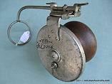 G E S vintage wood & metal side-cast fishing reel press lever action turn table made in Australia