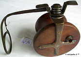 2- Lees wood & metal side cast vintage f