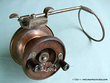 G E S vintage wood & metal side cast fishing reel made in Australia